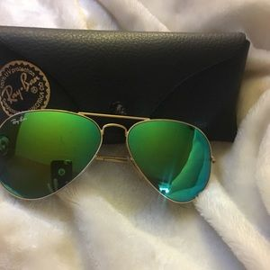 Rayban mirrored aviator sunglasses RB3025
